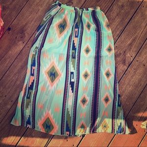 Boutique maxi skirt with mini lining